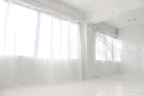 白カーテン